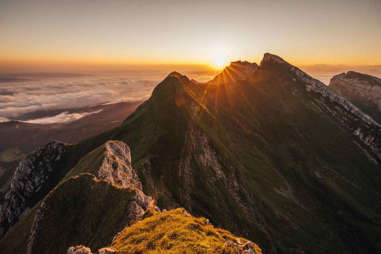 Widderfeld mit Sonnenaufgang über dem Pilatus